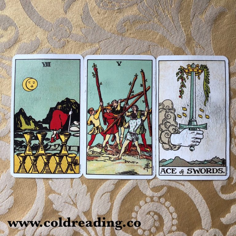 Treating A Tarot Reading As One Picture